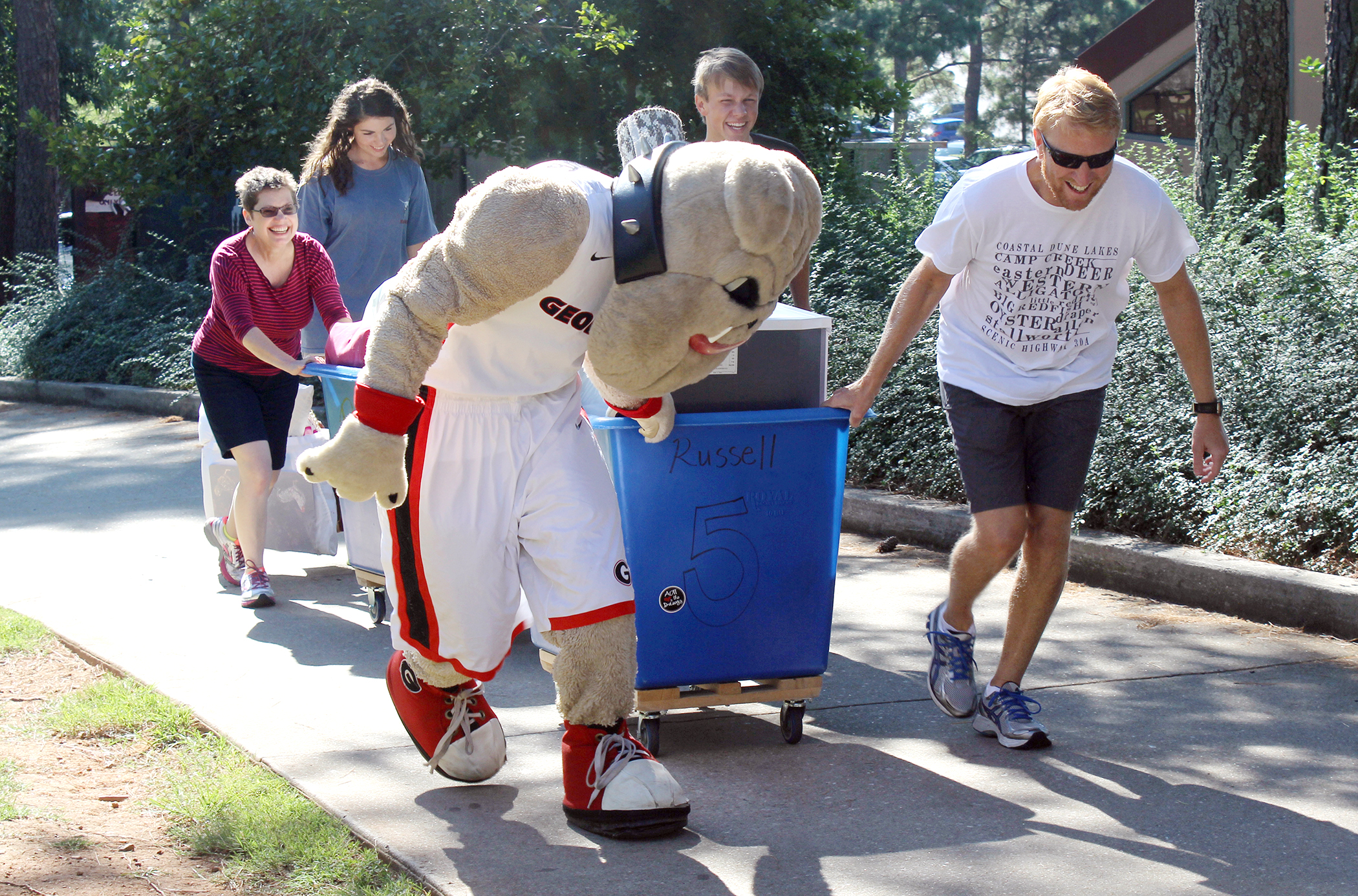 Hairy helping with move in 2014