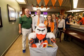 What to Bring to University of Miami: The Move In Day Packing List