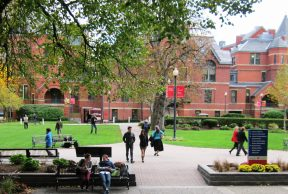 10 Reasons to TOTALLY Skip Class at Boston University