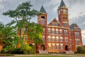 10 Reasons to Skip Class at Auburn University