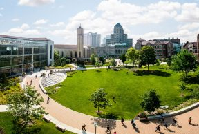 Top 10 Most Popular Majors at Loyola University Chicago