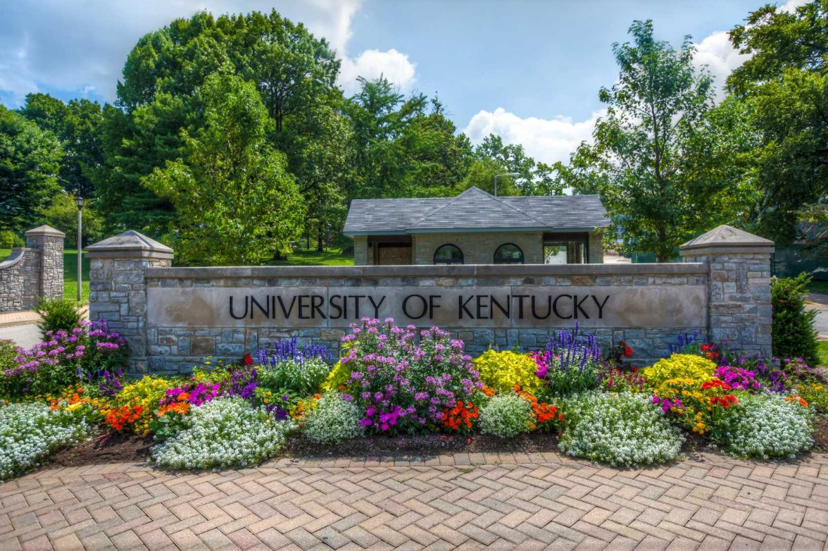 11 Tips to Survive Freshman Year at The University of Kentucky