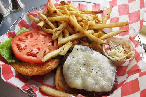 20100812 marcburger cheeseburger 1