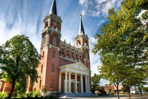 10 Reasons to Skip Class at Gonzaga University