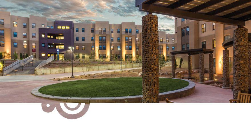 Cases del rio courtyard 1010x420