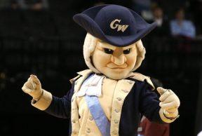 10 Ways To Kick Butt in Your Freshman Year at George Washington
