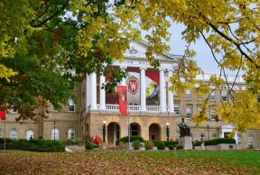 A Guide to Getting to Know Your Professors at UW Madison