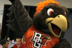 10 Ways To Kick Butt in Your Freshman Year at BGSU