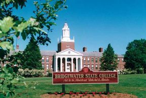 Best and Worst Things About Your First Week at Bridgewater State University