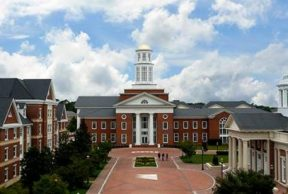 Best and Worst Things About Your First Week on Christopher Newport University