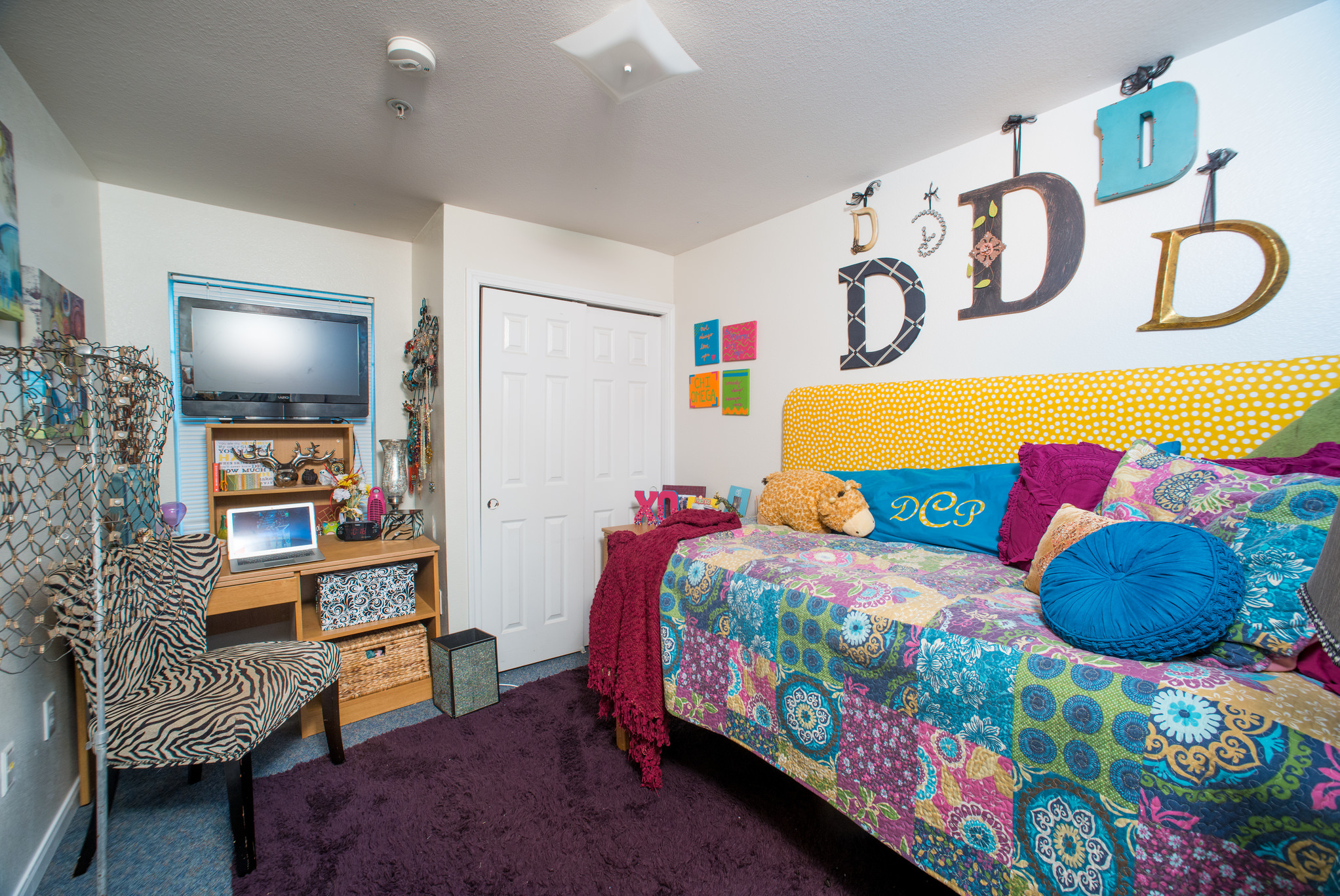 10 DIY Dorm Decorations That GWU Girls Love
