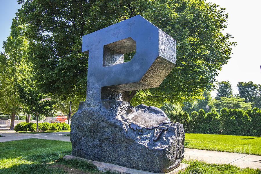 11 Reason NOT to Attend Purdue University