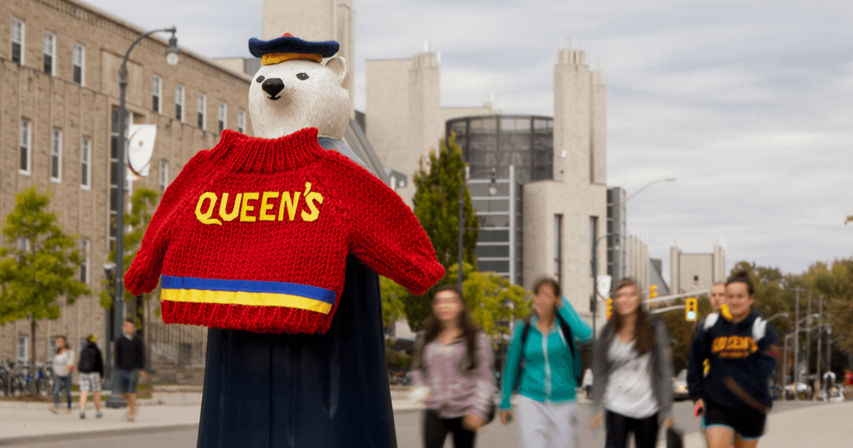 10 People Who You Will Meet at Queen's