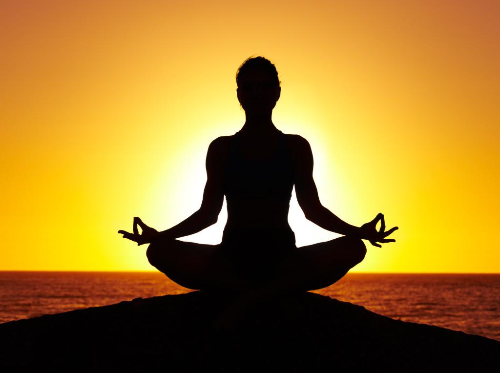 Yoga pose 1024x764