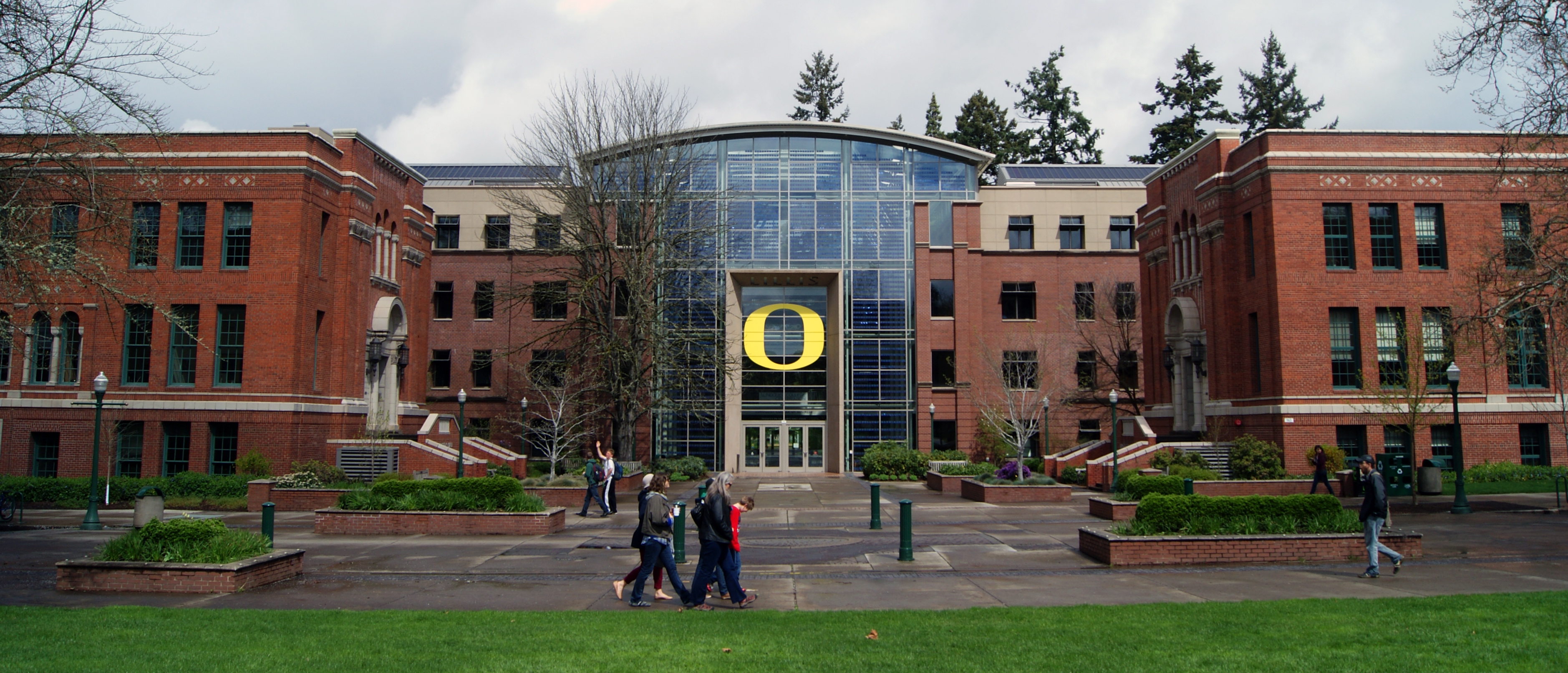 Pros and Cons of Attending the University of Oregon - OneClass Blog
