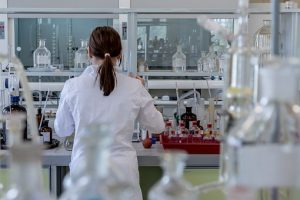 a photo of a student working in a research lab.