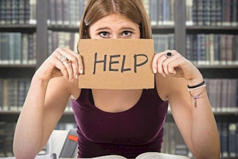 how to know you re struggling financially students
