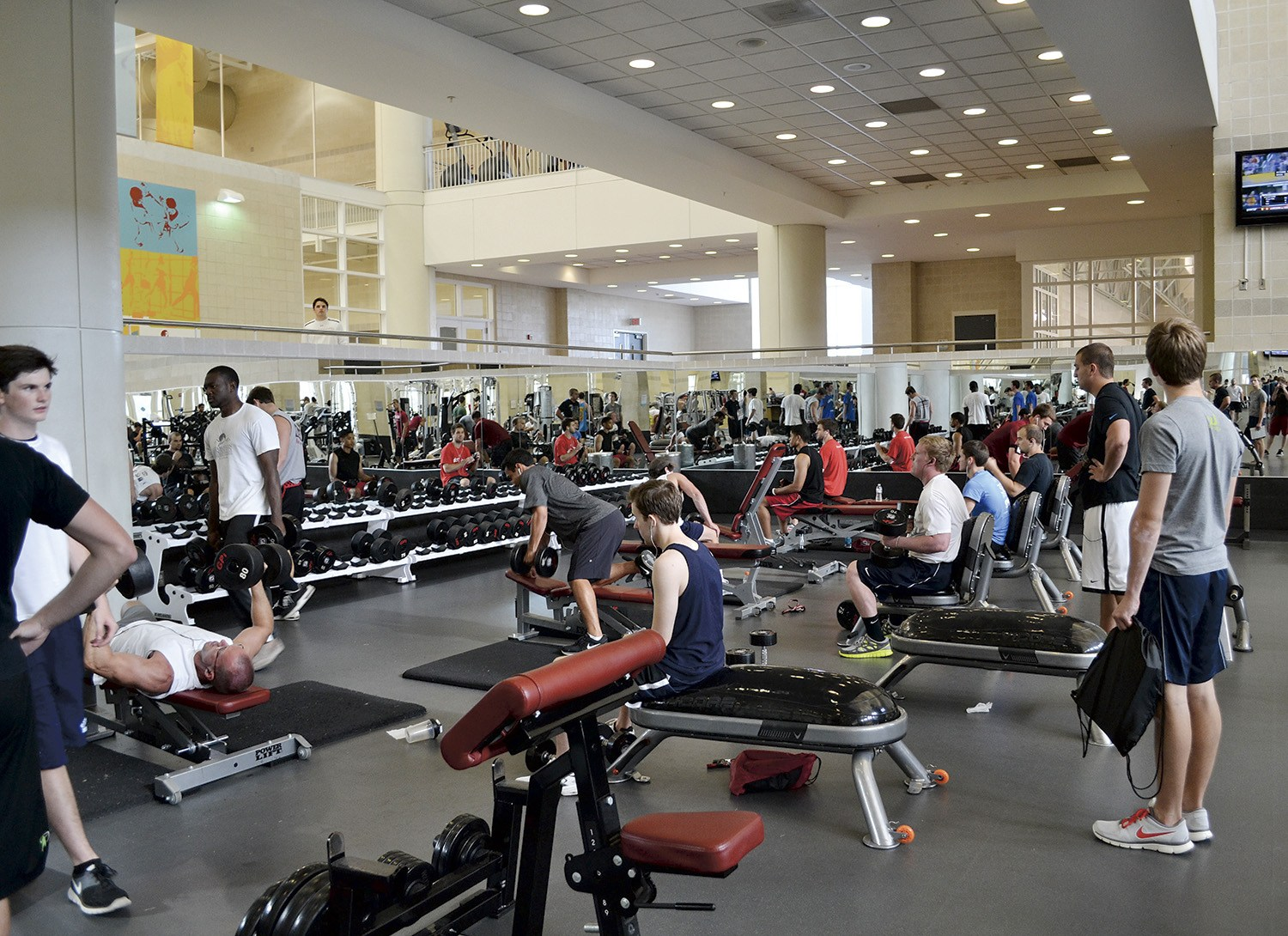 Collegegyms12 1