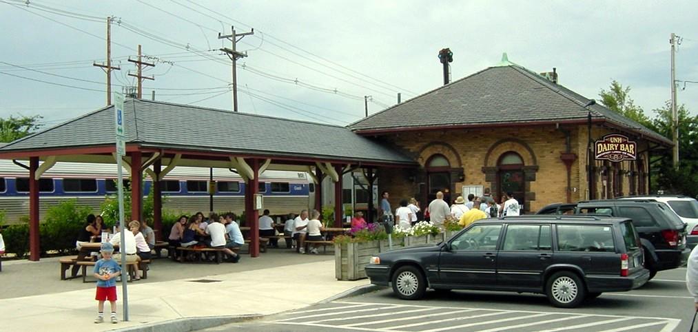 Durham nh amtrak station and restaurant