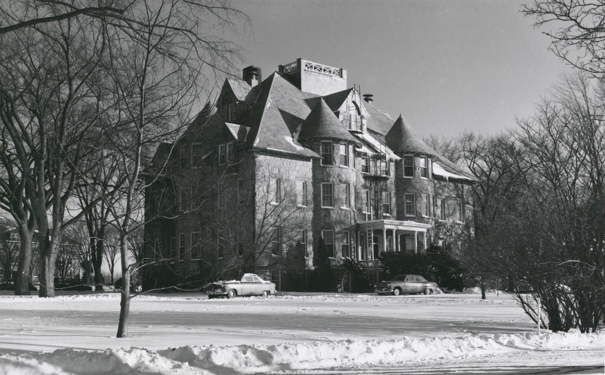 Davis hall 1950