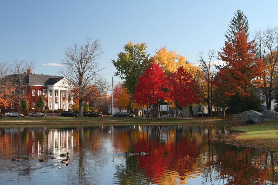 Fall.exterior.pond