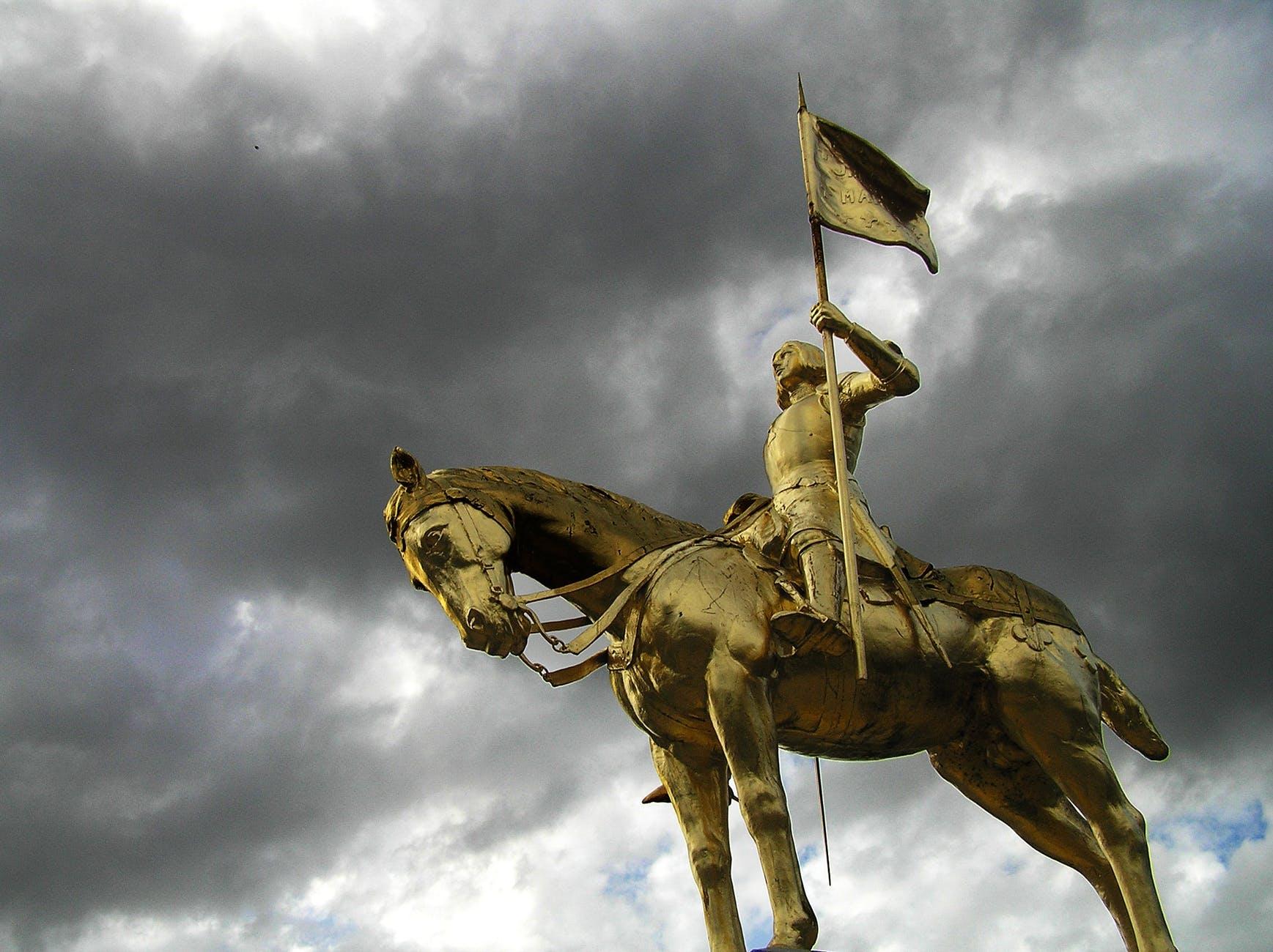 Joan of arc golden sculpture golden statue 64022