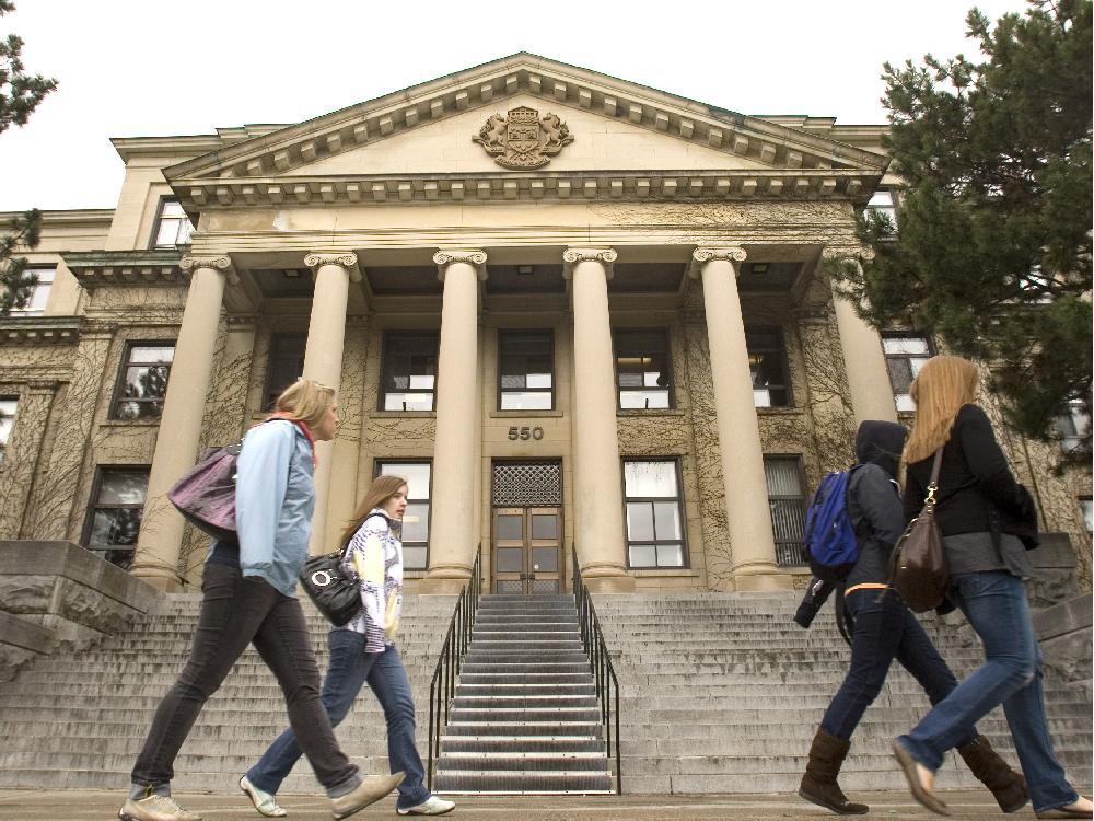Ottawa ont april o9 2010 university of ottawa of tabar 1