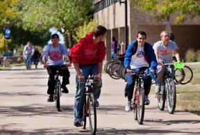 Top 5 Ways to Get Around Illinois State U Campus