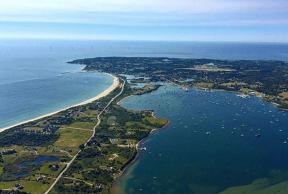 5 Best Beaches Around URI
