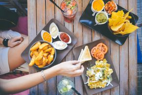5 Best Walking Distance Restaurants at Boston University