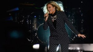 A picture of Beyonce performing.