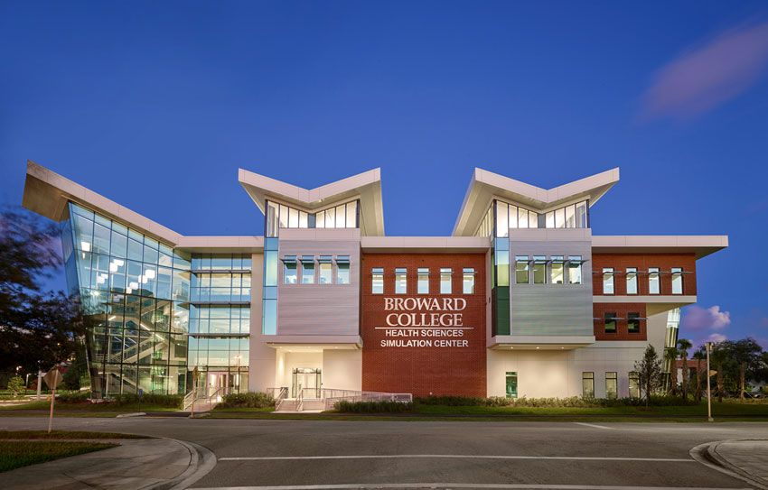 An image of the Broward College building
