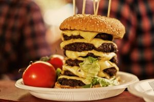 a picture of a hamburger