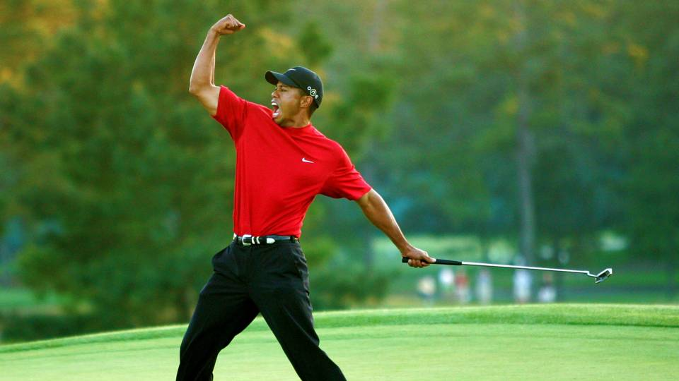 An image of Tiger Woods playing golf.