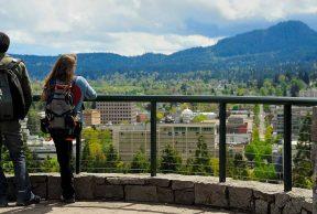Top 10 Professors at University of Oregon