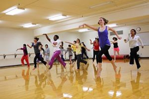 An image of a college dance class