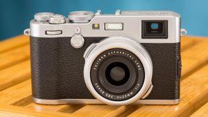 An image of a digital camera.