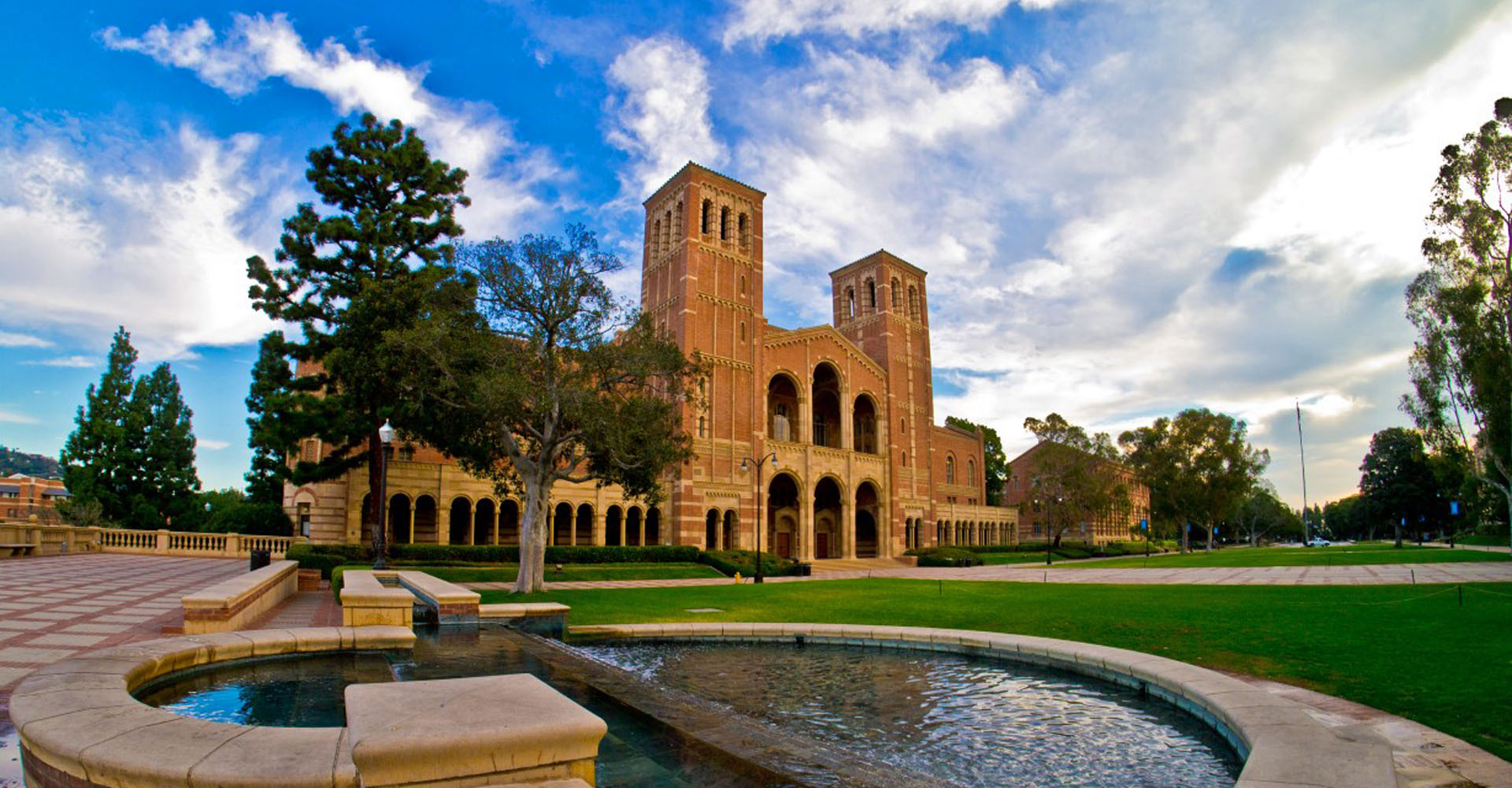 Top 10 Professors at the UCLA - OneClass Blog
