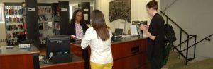 Alumni Medical Library help desk
