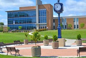 10 Easiest Courses at West Virginia University at Parkersburg