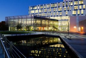 10 University of Calgary Library Resources You Need to Know