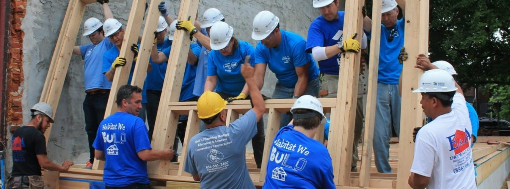 habitat for humanity building houses