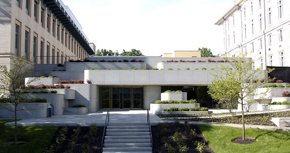 The Posner Center is located between the Tepper School of Business and College of Fine Arts