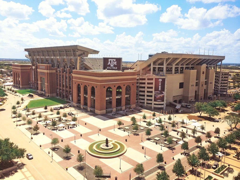 10 of the Coolest Clubs at TAMU