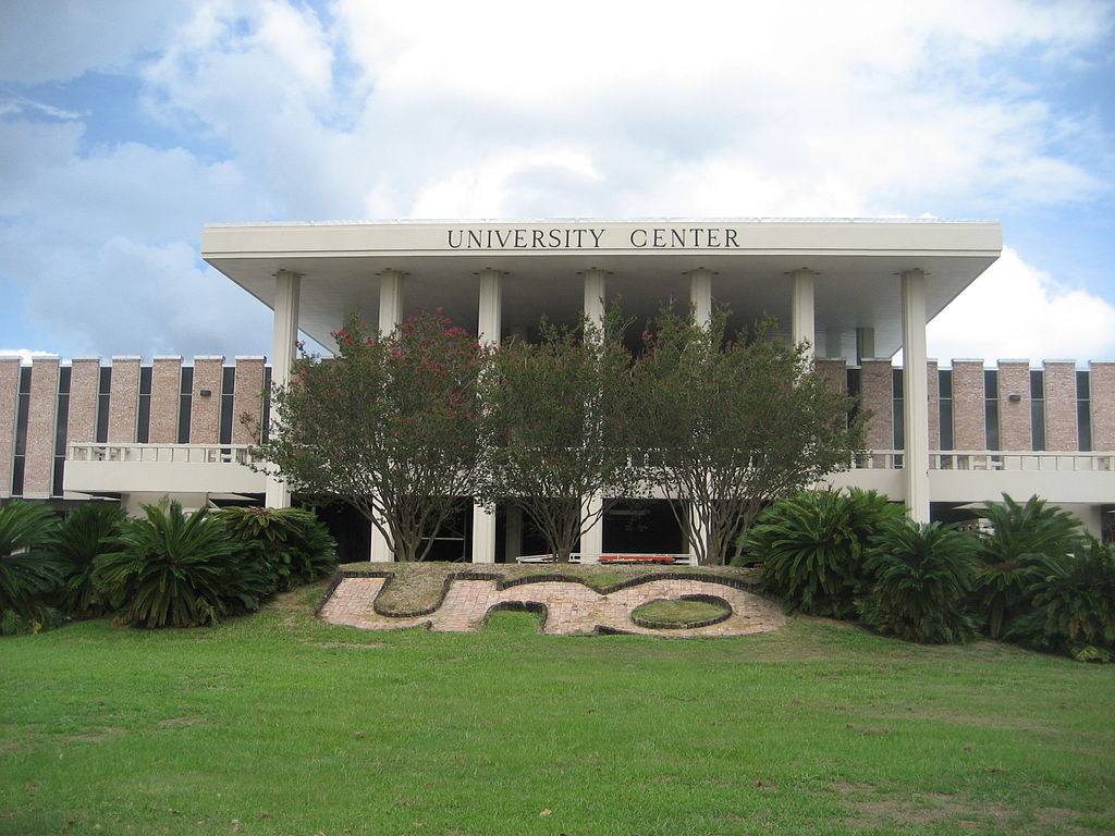 10 Coolest Clubs at University of New Orleans