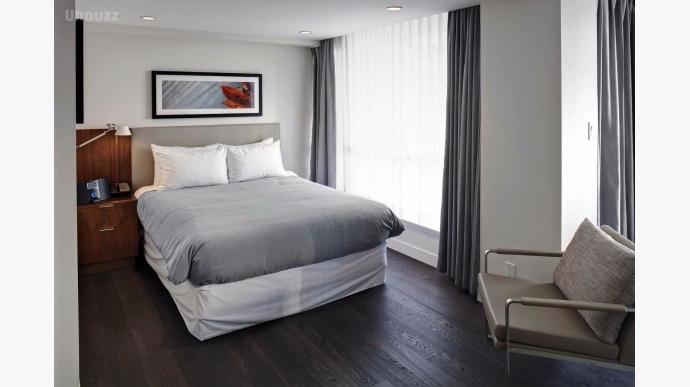 Seymour Bedroom