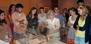 The Boston College_Art History_Students Learning about Art History in the Museum