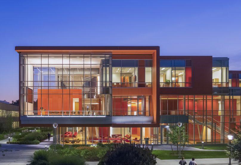 Top 10 Dorms at Adelphi University