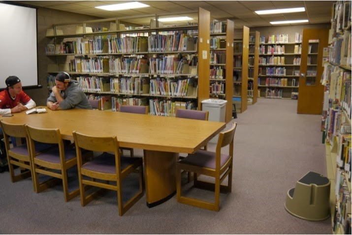 Students in the study room – Bethel Library