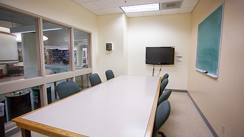 Reservable Group Study Room